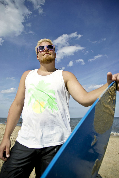 Aaron Buckley- photog nice guy, lifes a beach...