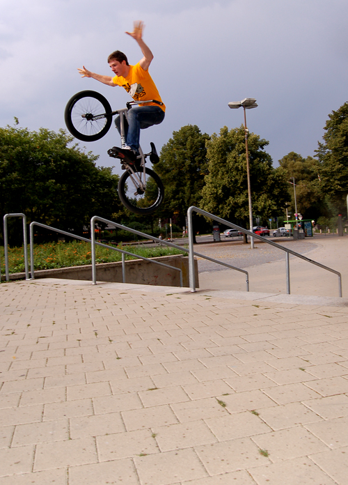 Tom Blyth- Tomb life- killing it, Uprailto nohands.