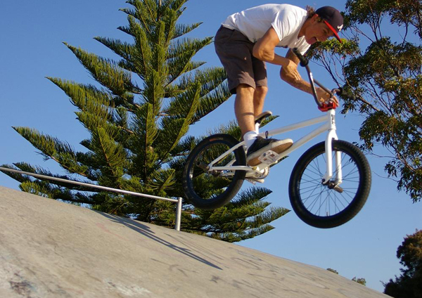 fakie barspin