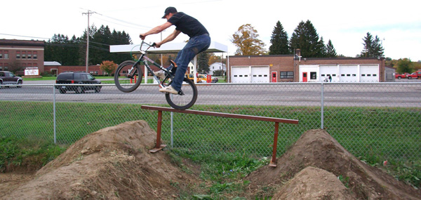Kelly Baker, trail Rail Manual from be easy.