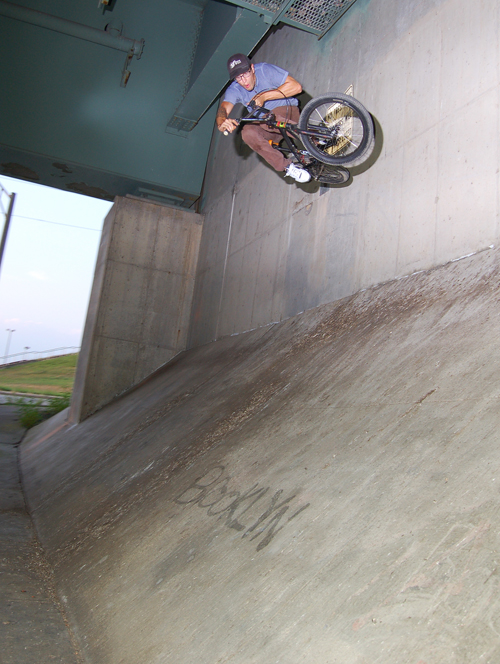Allegedly Todd Everitt did this wallride on a fixie years ago.