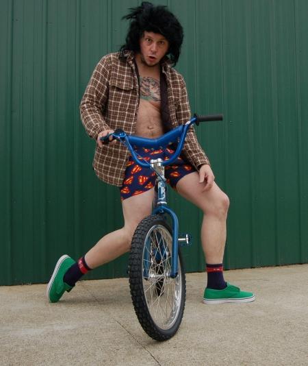 Scott Towne, Posing ...
