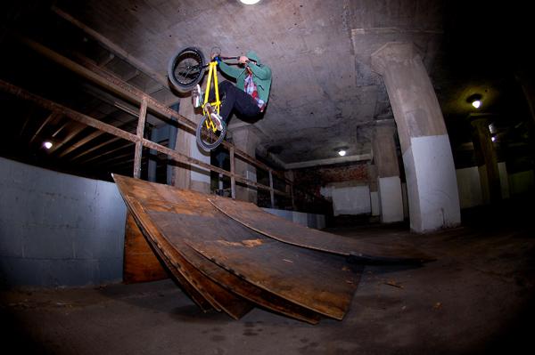 Kenny Horton, windchill 17 makeshift riding session