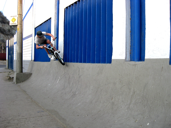 Vic Bettencourt of circuit BMX