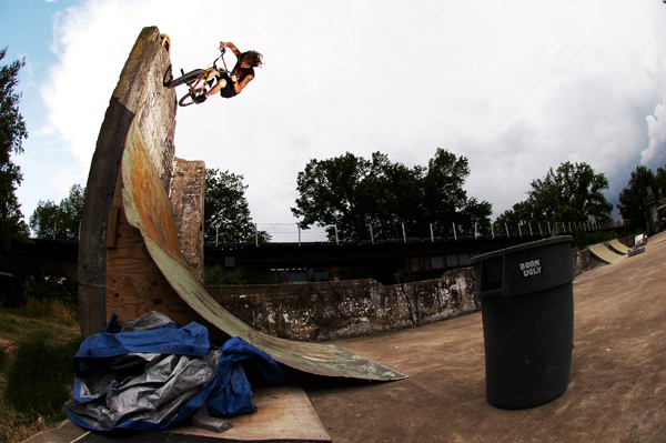 Kenny Horton, brutal wall carve, sketchy makeshift obstacle