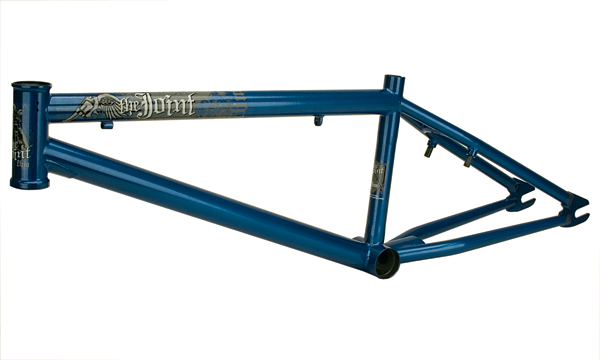 """Colors: Pearlized White, Metallic Blue,Sizes: 20.5"""", 20.75"""", 21"""", 21.25"""", Weight: 5lbs 5oz (20.75"""" top tube), Tapered Chain Stays, Double Butted Top and Down Tube, Roasted (heat treated)"""