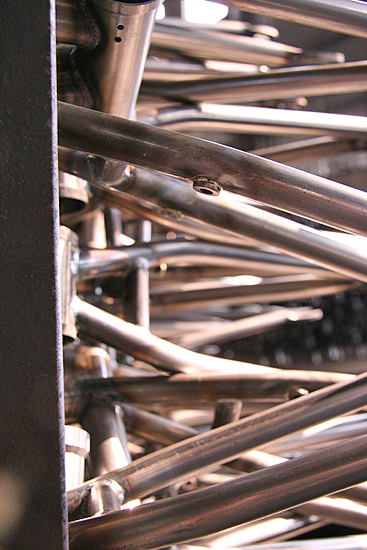 Some of the 2010 FBM models have removable brake mounts.