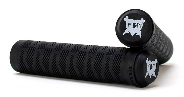 fbm-double-fister-grips-flangeless-black-crossed-zoom-590x310