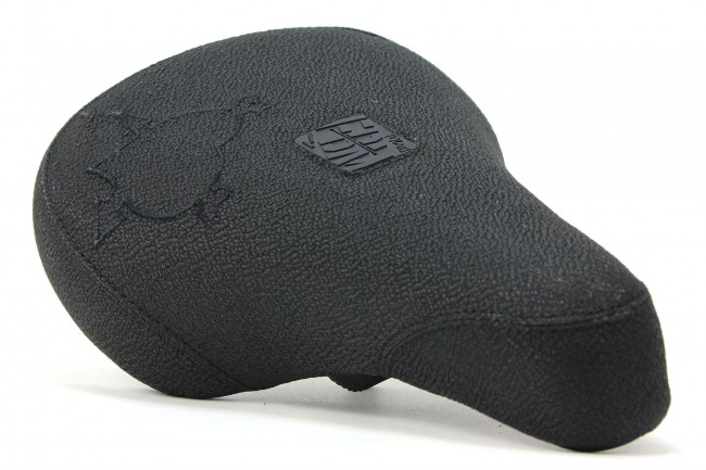 FBM-Heart-Seat-Black-Black-LRG