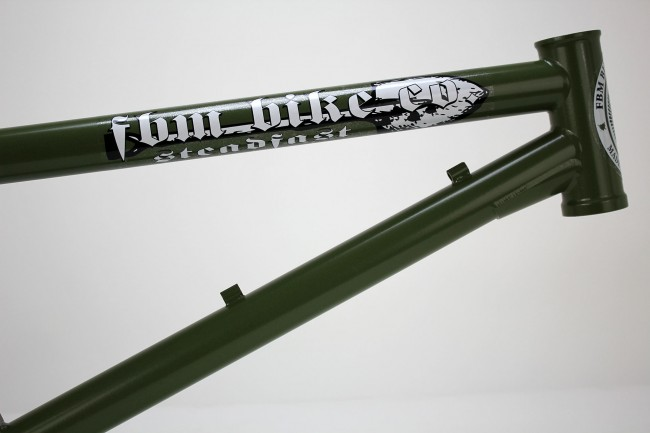 fbm-steadfast-cs-frame-olive-green-front-end-LG