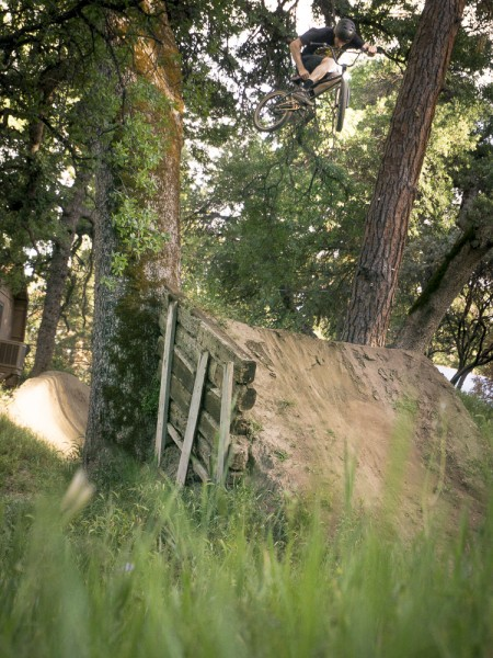 2015-04-11-meat-retreat-ii-oakhurst-sanctuary-trails-jackson-allen_15-ph-chris-riesner