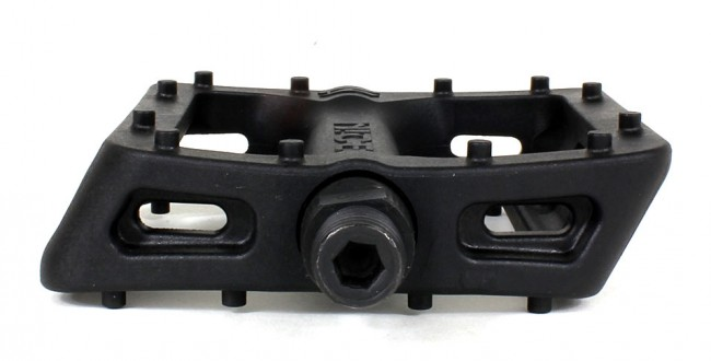 nice-nylon-pedals-profile-inside-detail