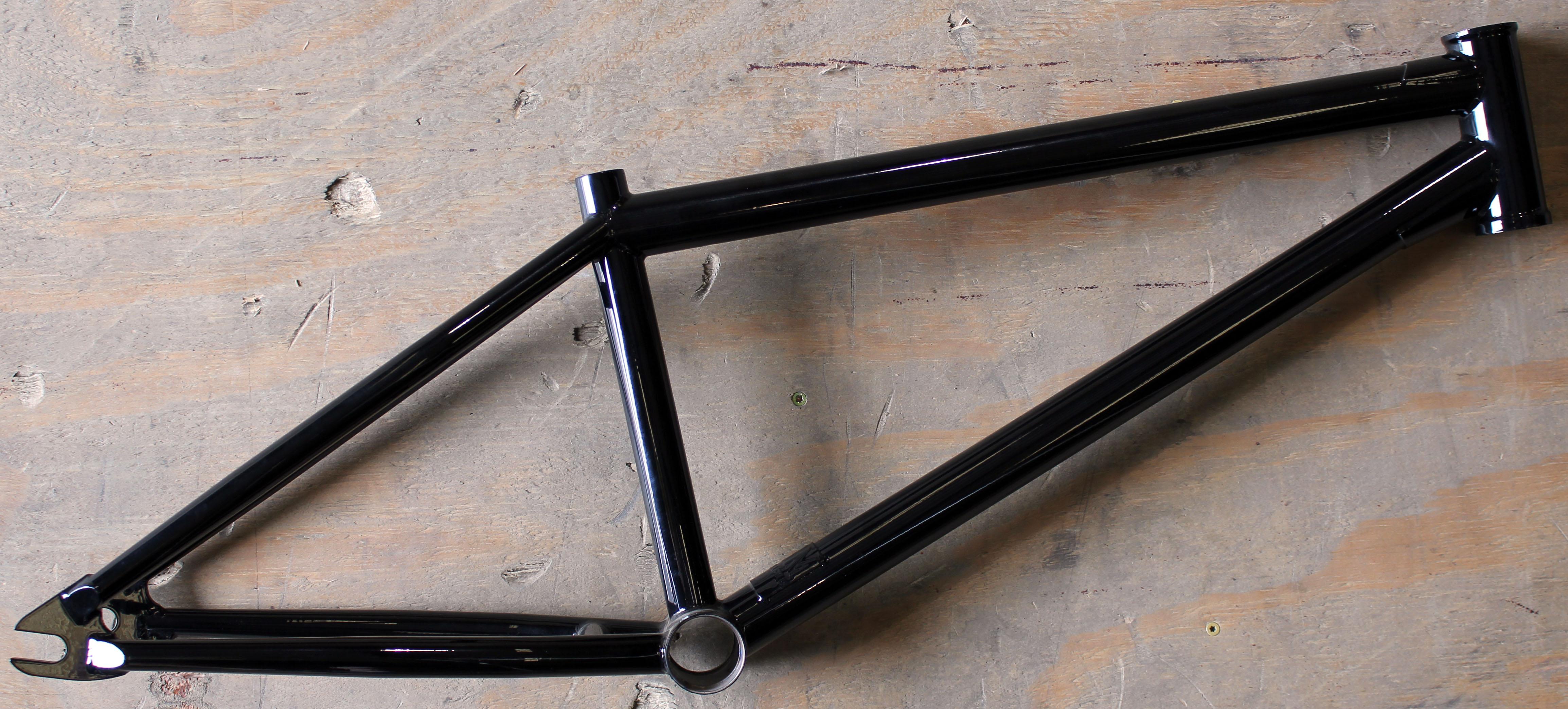 Custom fbm frame gloss black jpg